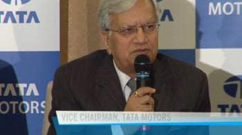 Video : Tata Motors suffers massive loss in Q1