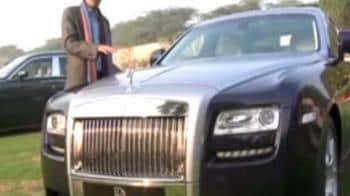 "Video : NDTV reviews Rolls-Royce ""Ghost"""