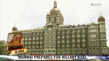 Video : Hillary's high-security Mumbai visit