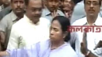 Video : Mamata at site: No disaster management system