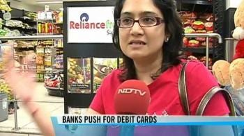 Video : Credit card out, debit card in!