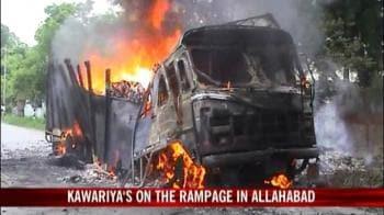 Video : Kawariyas on a rampage in Allahabad