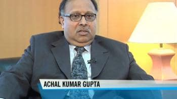 Video : SBI MF woos customers through new payment option