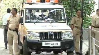 Video : Mumbai ready to snub Shiv Sena?