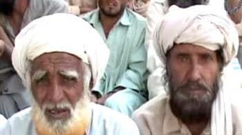 Video : Pak Vs Taliban: Civilians caught in the cross fire