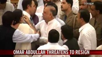 Video : Chaos in J&K assembly