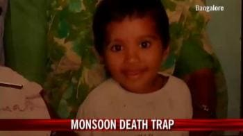 Video : Monsoon death trap in Bangalore