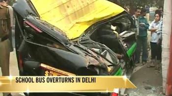Video : 8 Delhi students injured as van overturns