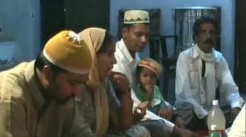 Video : A devoted Hindu helps Muslims during Rozas