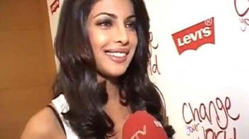 Video : Priyanka Chopra on Night Out