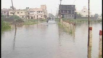 Video : Tamil Nadu rains: 34 dead; schools shut
