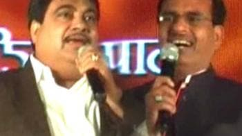 Video : BJP sings temple and mosque tune