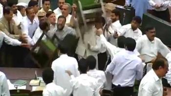 Video : J&K passes recruitment bill amid protests