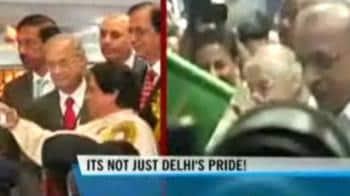 Video : Delhi-Noida metro link flagged off