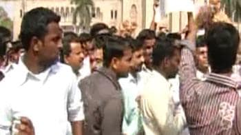 Video : Telangana agitation: Students' protest intensifies