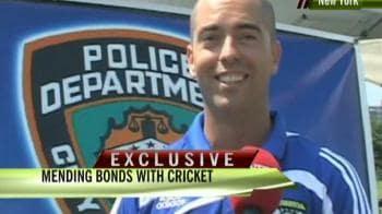 Video : Post 9/11, NY Police use cricket to build bridges