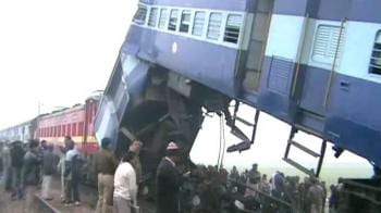 Video : Fog causes 3 train accidents in UP, 10 killed