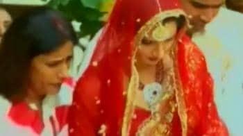 Videos : Shoaib and Sania's nikaah today