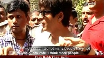 Video : Bollywood steps out to vote
