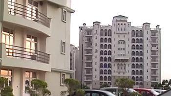 Video : Supertech Emerald Court at Sector 93, Noida