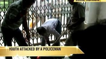 Video : Mentally ill man belted by cop in Jharkhand