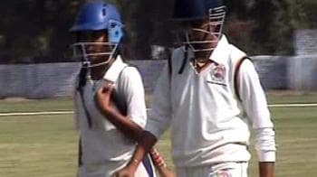 Video : Girl power, bat and ball included