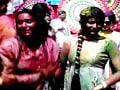 Videos : टीवी कलाकारों ने मनाई जमकर होली