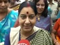 Video : Sushma ignores the Reddy brothers