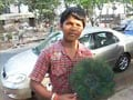 Video: Ravi, who sells peacock feathers, becomes Internet sensation