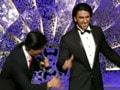 Video: शाहरुख ने झेले रणवीर के तेवर